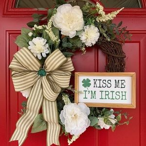 St. Patrick's Day Irish Wreath with kiss me sign